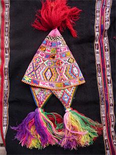 textile-chullo